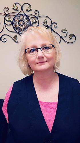 Linda - Stylist/Nail Technician